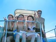 ダイビングボート船上